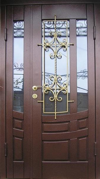 входная дверь в дом в дмитрове